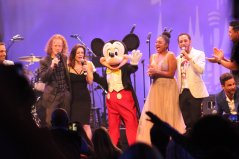 Mickey Mouse_MMC30 Epcot